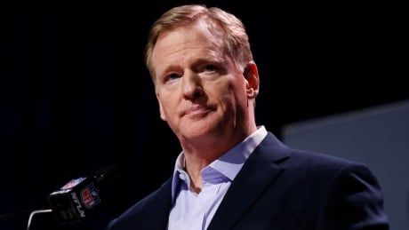 NFL says COVID-19 outbreaks among non-vaccinated players could lead to forfeits