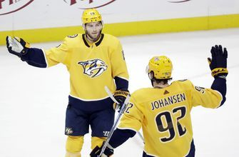 Saros makes 24 saves, Predators beat skidding Sharks 3-1